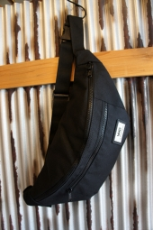VANS WARD CROSS BODY PACK (BLACK)