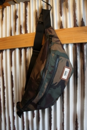 VANS WARD CROSS BODY PACK (PEACE LEAF CAMO)