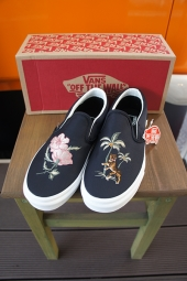 VANS CLASSIC SLIP-ON DX (SOUVENIR)BLACK