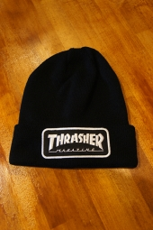 THRASHER MAGAZINE LOGO PATCH BEANIE (BLACK)