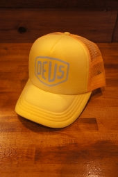 DEUS EX MACHINA SUNBURNT TRUCKER (LEMON)