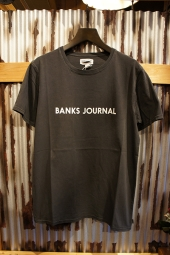 BANKS JOURNAL LABEL TEE SHIRT (DIRTY BLACK)