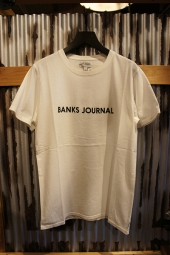 BANKS JOURNAL LABEL TEE SHIRT (OFF WHITE)