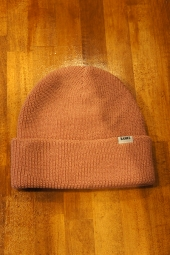 BANKS JOURNAL STAPLE BEANIE (ASH ROSE)