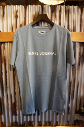 BANKS JOURNAL LABEL TEE SHIRT (HEATHER CLOUD BLUE)
