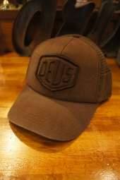 DEUS EX MACHINA Shield Trucker (FRENCH ROAST)