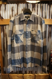 BRIXTON BOWERY L/S FLANNEL (OFF WHITE/DUSTY BLUE)