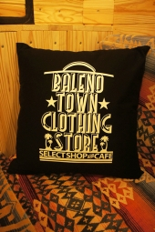 BALENO TOWN CLOTHING STORE ORIGINAL LOGO PILLOW (BLACK)