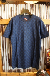VANS × INDEPENDENT JACQUARD CR T-SHIRT (DRESS BLUES)