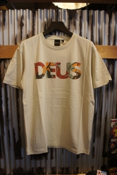 DEUS EX MACHINA Chulo All Caps Tee (SEEDPEARL)