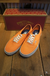 VANS CLASSIC AUTHENTIC CANTELOUPE/TRUE WHITE