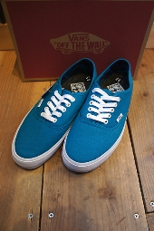 VANS AUTHENTIC SF (J.TUD)CARIB